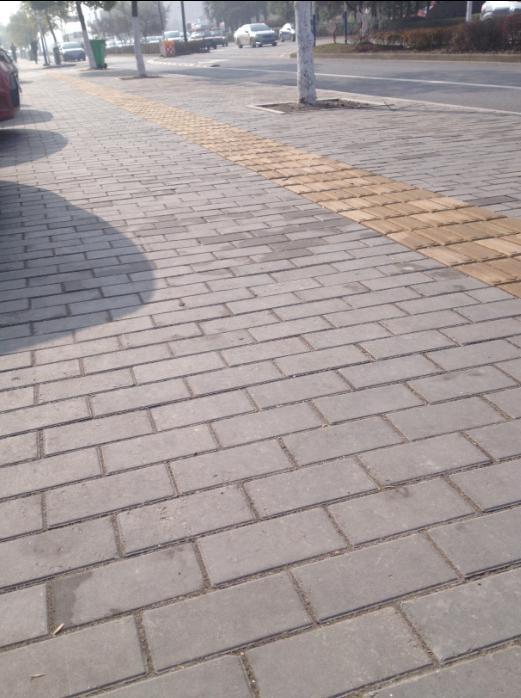 马鞍山江东大道路面砖工程